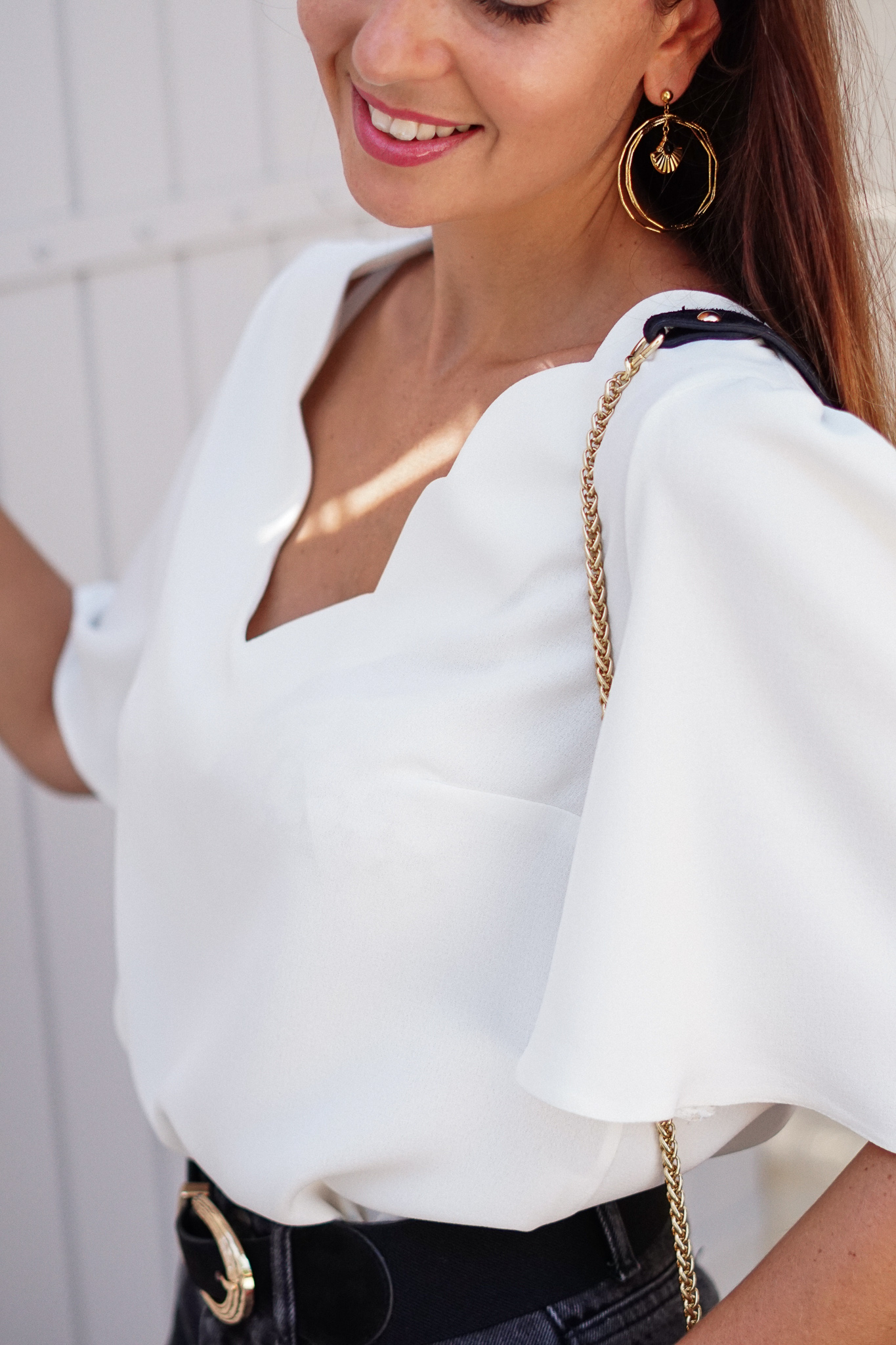 blouse blanche festionnée