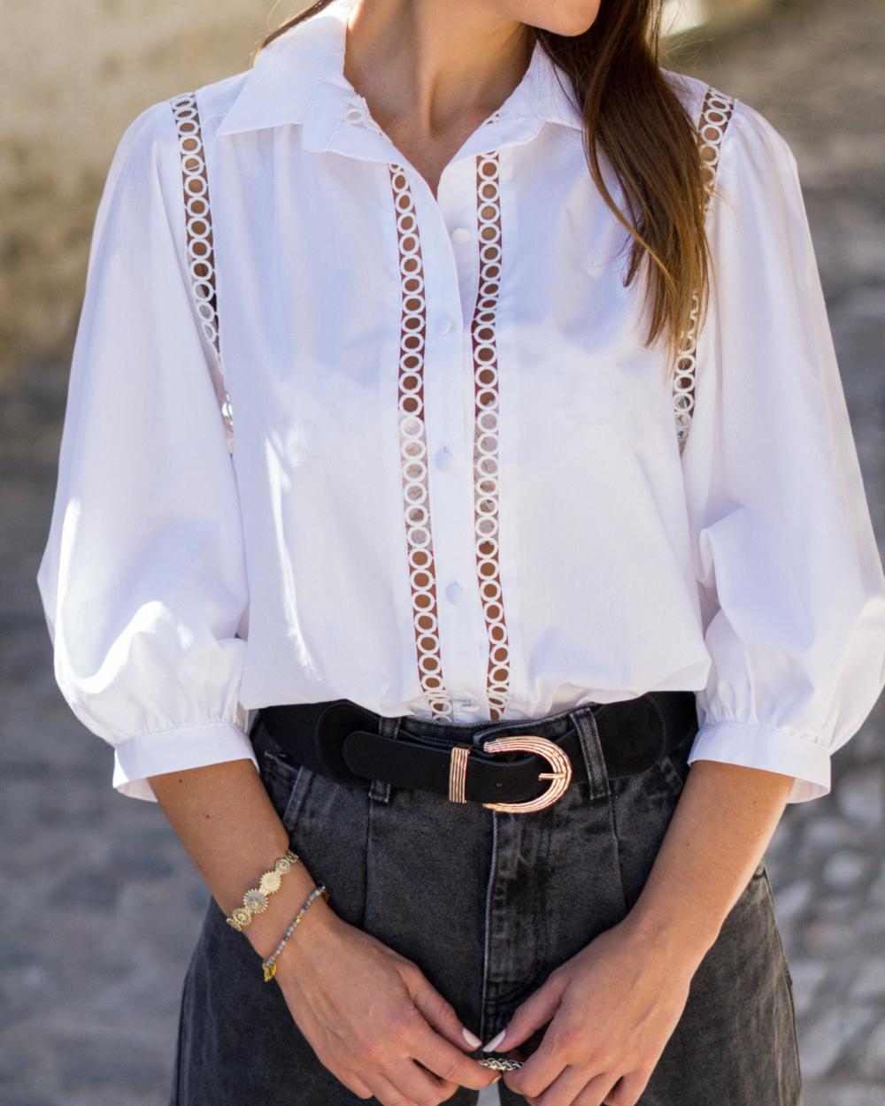 chemise blanche ajourée